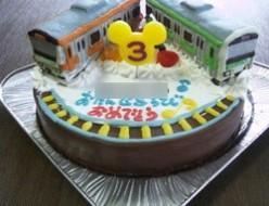 山手線と中央線電車立体ケーキ