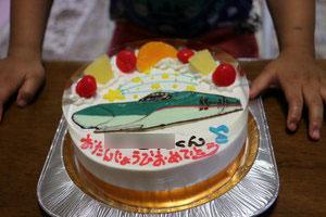 新幹線はやぶさケーキ