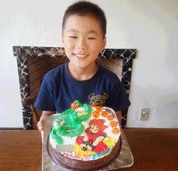ドラゴンボールの孫悟空ゴッドとシェンロン立体ケーキ