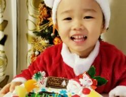 トーマスとパーシーのクリスマスケーキ