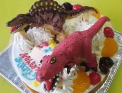 ティラノサウルスとスピノサウルスケーキ