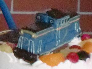 ディーゼル機関車ケーキ