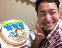 リトルグリーンメンと似顔絵のケーキ