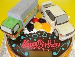 トラックと車立体ケーキ