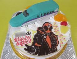 北海道新幹線と仮面ライダーゴーストケーキ