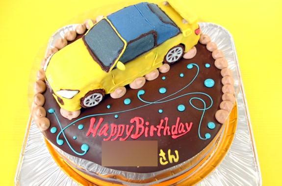 ホンダS2000車ケーキ