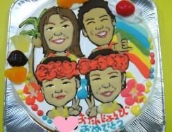 似顔絵ケーキご家族4人で。