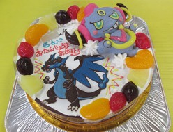ポケモンメガリザードンとフーパ立体ケーキ