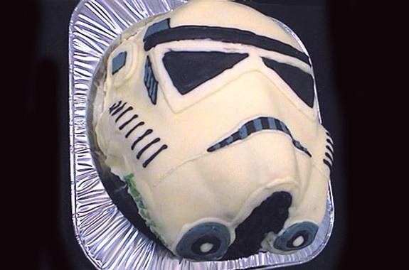 スターウォーズ、ストームトルーパー顔ケーキ