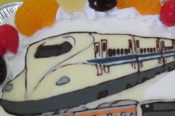中央線と新幹線N700系ケーキ