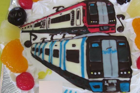 ミュースカイ、名鉄2200系電車イラストケーキ