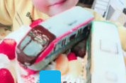 電車とバス立体ケーキ