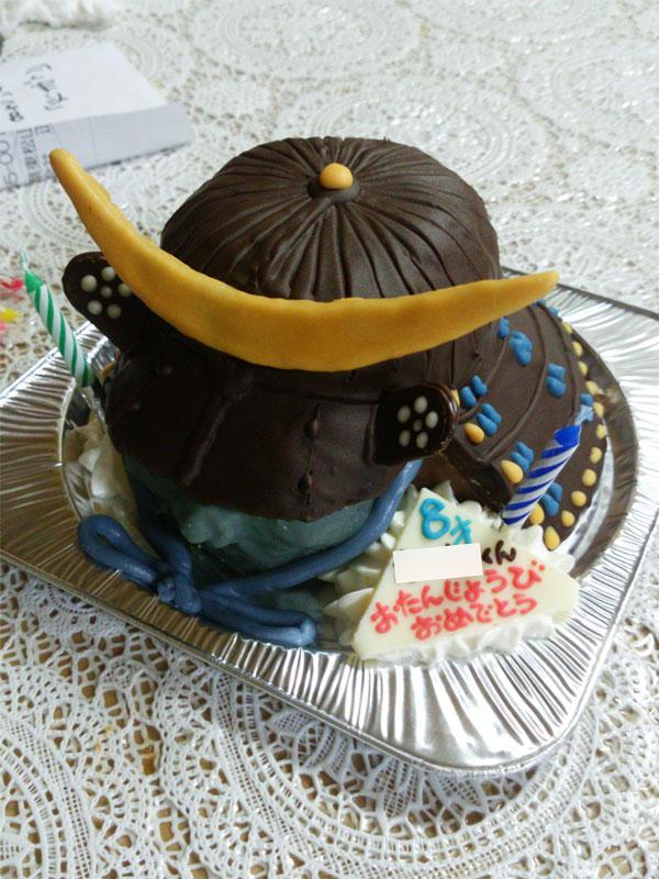 武将兜立体ケーキ