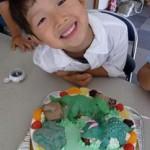 ティラノサウルスと トリケラトプスの立体ケーキ♪