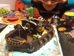 パイレーツオブカリビアン海賊船ケーキ