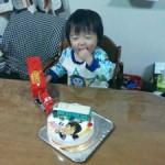 似顔絵とバス立体ケーキ