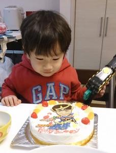 仮面ライダーガイムに変身似顔絵ケーキ