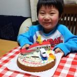 秋田新幹線こまちと九州新幹線つばめケーキ