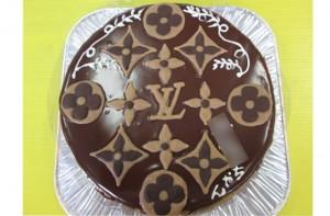 ルイビトンロゴケーキ