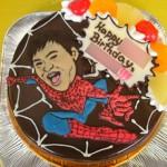スパイダーマン似顔絵ケーキ