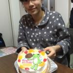 カエルのピクルスとバスケットボールのケーキ