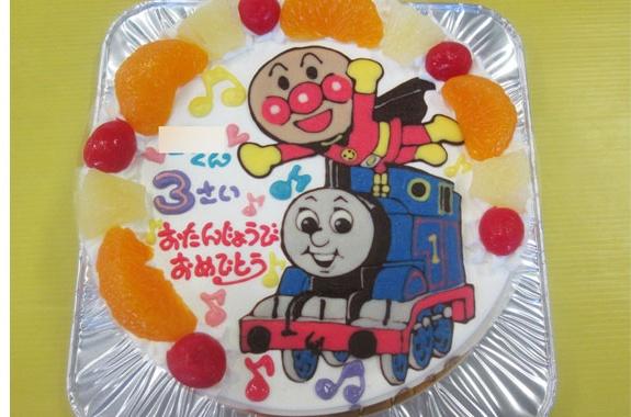 アンパンマンとトーマスイラストケーキ