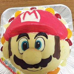 マリオ顔ケーキ