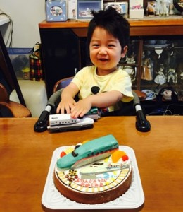 はやぶさとN700系新幹線ケーキ