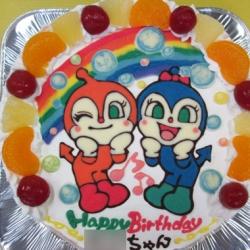 ドキンちゃんとコキンちゃんのイラストケーキ