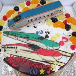 北陸新幹線、こまち、はやぶさケーキ