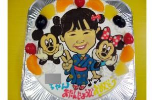 ミッキーミニーと似顔絵ケーキ