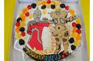 ウルトラマンとウルトラ怪獣ケーキ
