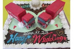 トラックウェディングケーキ
