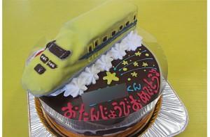 ドクターイエロー電車ケーキ