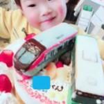 京王ライナーと都営バスの立体ケーキ