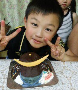 戦国武将「伊達正宗」の兜立体ケーキ