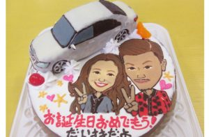 似顔絵と車立体ケーキ