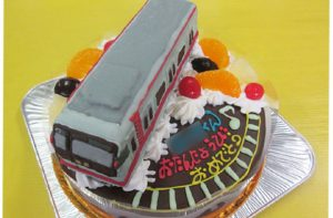 御堂筋線電車立体ケーキ