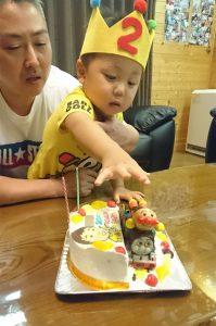 アンパンマンとトーマスと似顔絵のケーキ