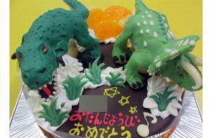 ティサノサウルスとトリケラトプス恐竜立体ケーキ