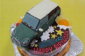 ミニクーパー車立体ケーキ