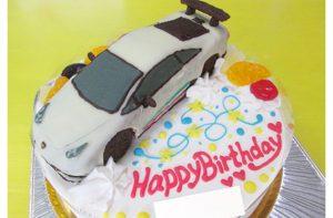 ランボルギーニ車立体ケーキ