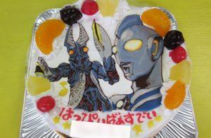 ウルトラマンネクサスとバルタン聖人ケーキ