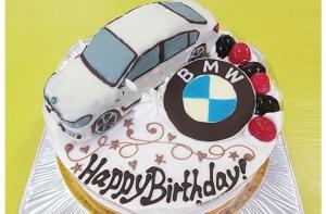 BMW立体ケーキ