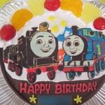 トーマスとヒロのケーキ